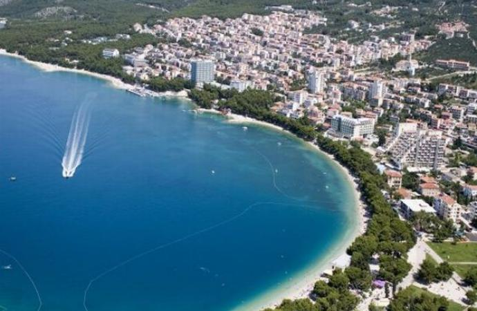 "Курорт ""Макарска"",пляж."